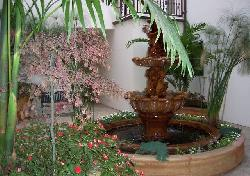 Kings Courtyard