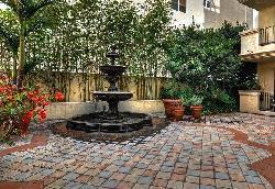 Courtyard on Camden, The