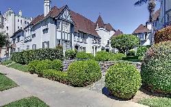 Chateau Alpine