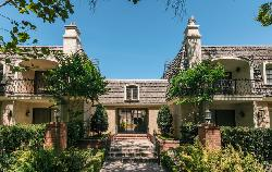 Wilshire Country Manor