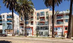 Gibson Santa Monica