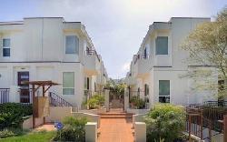 Sunset Park Villas