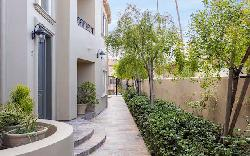 18th Street Townhomes