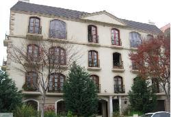 Le Faubourg St. Etienne