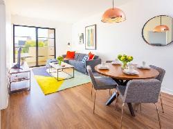 Luxe Villas Brentwood