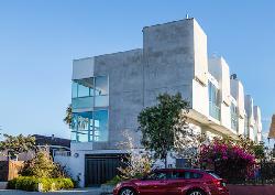 Rose Avenue Apartments