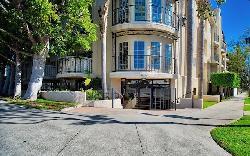 Lafayette Court