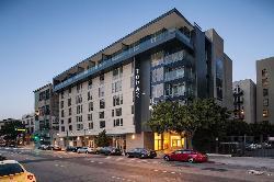 Topaz Apartments