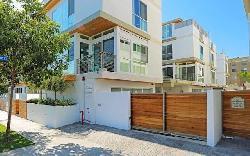 Hollywood Colony