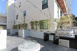 Modern LA, The