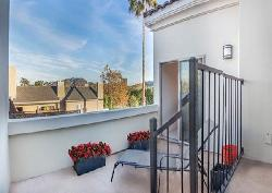 Moorpark Townhomes