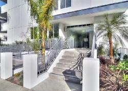 Elm At Beverly Hills, The