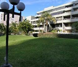 Promenade West