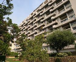 Wilshire Terrace