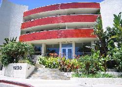 Horn Plaza