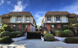 Canterbury Townhomes