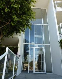 Pointe at Beverly Hills, The